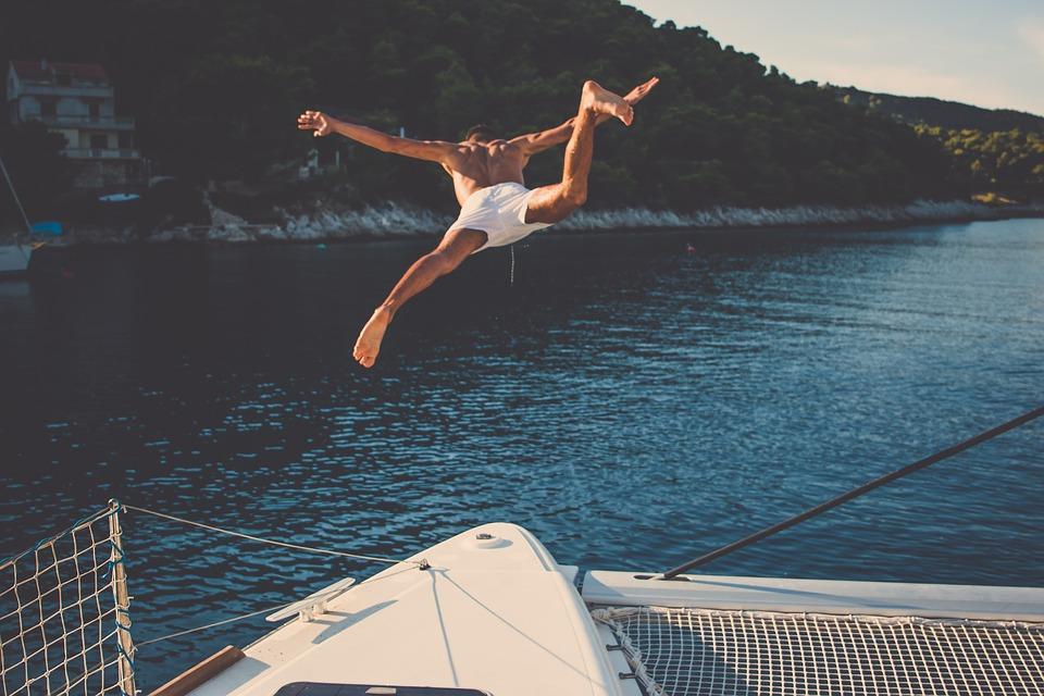 Luxury Living: Over Land & Sea…